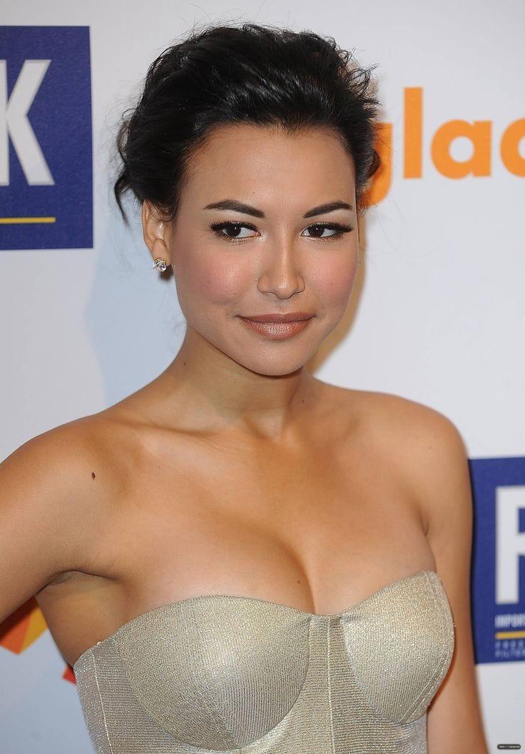 Naya Rivera hot looks (2)