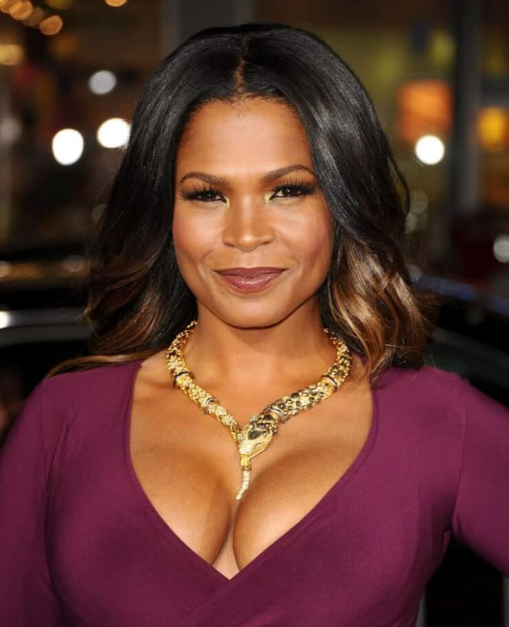 Nia Long busty pictures