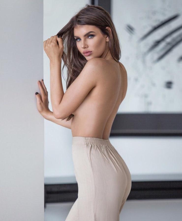 Nicole Thorne hot tit (2)