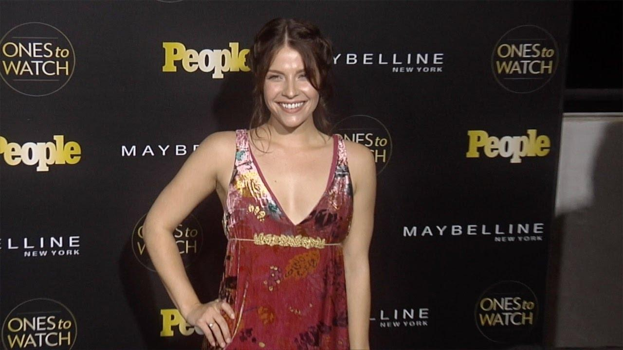 Paige Spara sexy cleavage pics