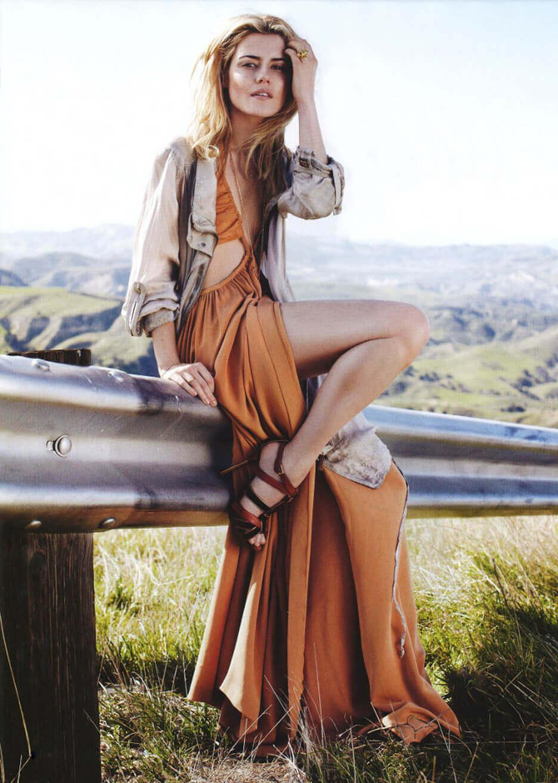 Rachael Taylor hot looks
