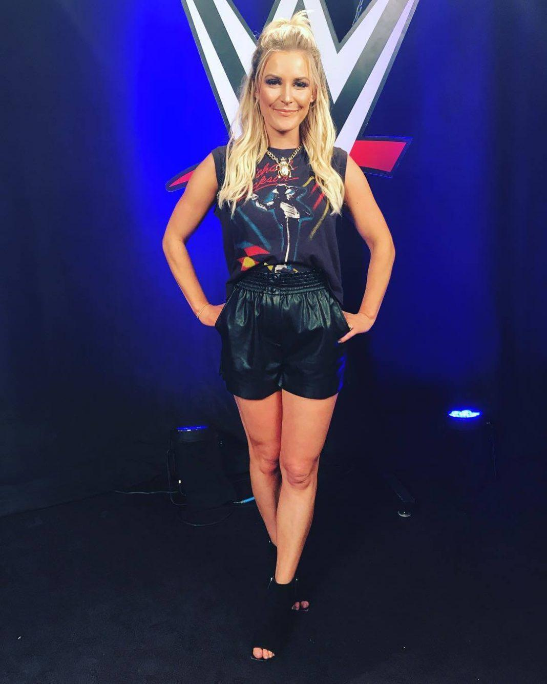 61 Sexiest Renee Young Pictures Can Make You Fall For Her