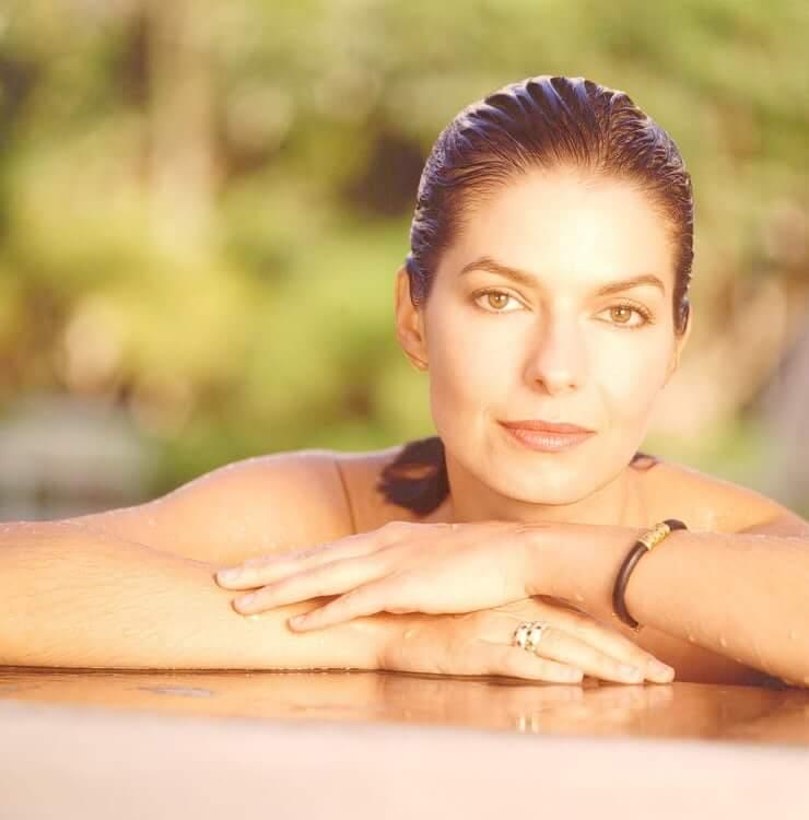 Sela Ward beautiful (2)
