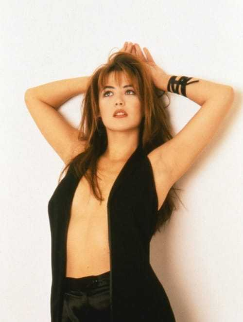Sophie Marceau busty pictures