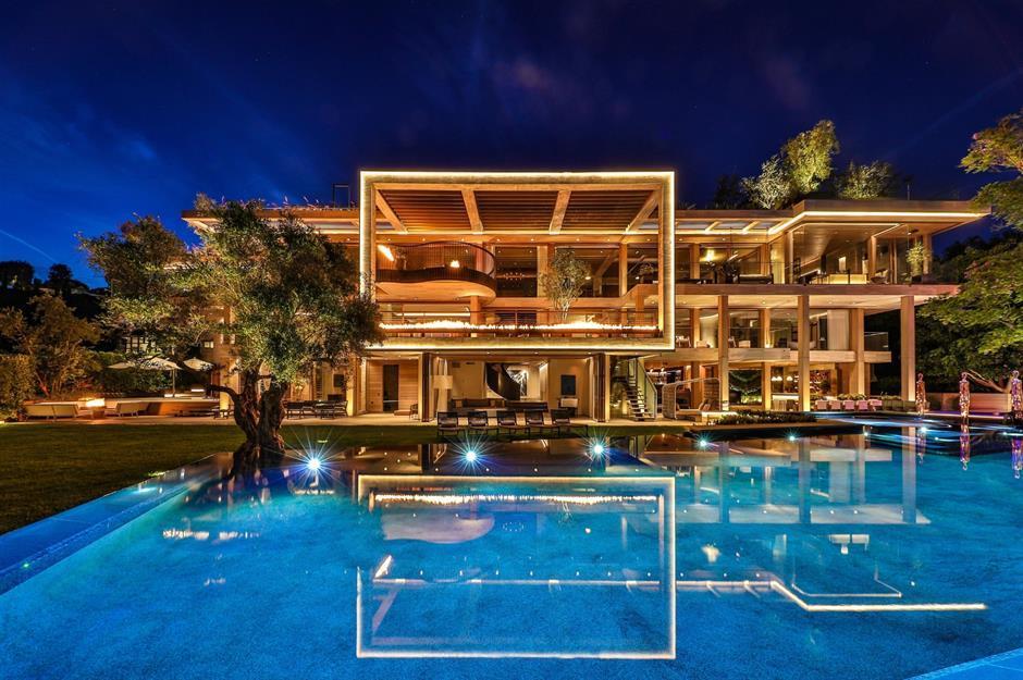 Swish Super Mansion