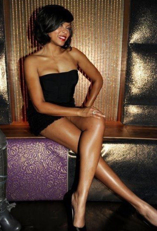 Taraji P. Henson sexy feet pics