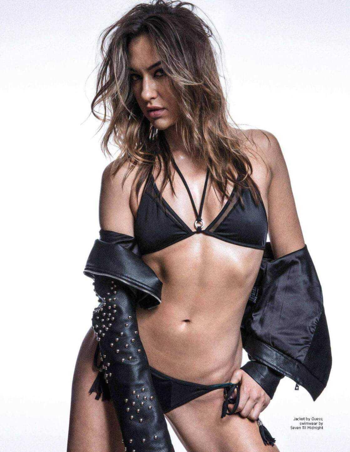 Tasya Teles hot bikini pictures
