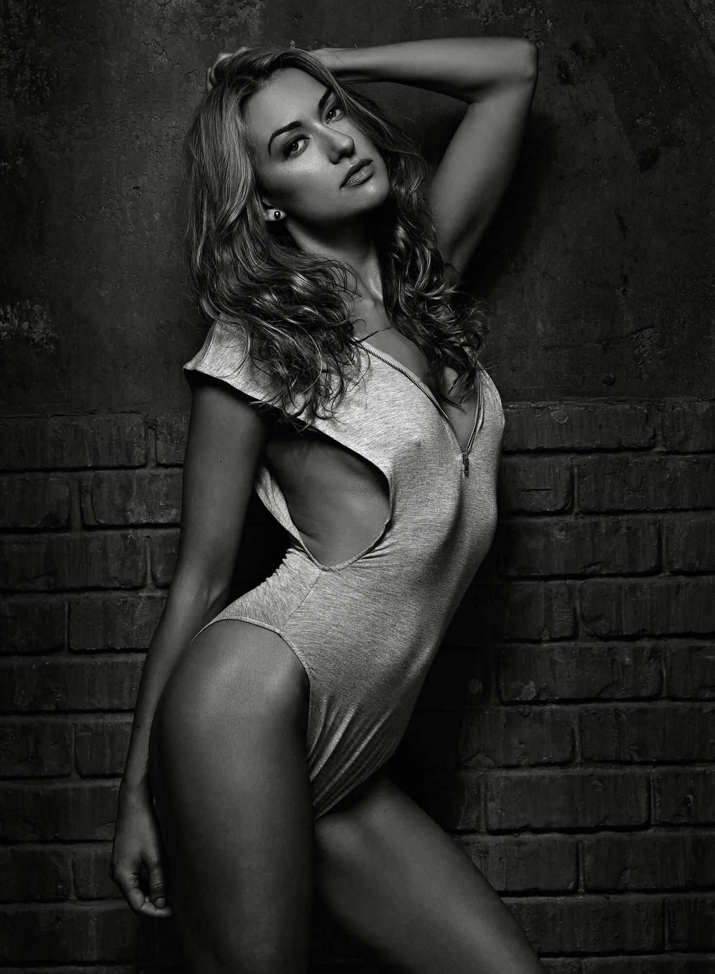 Tasya Teles sexy lingerie pics