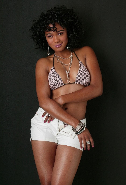 Tatyana Ali sexy bikini pics