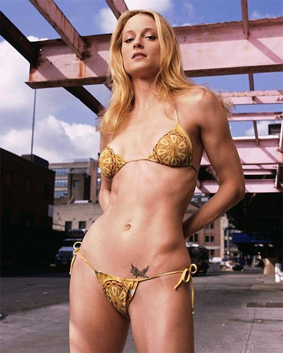 Teri Polo bikini pic (2)