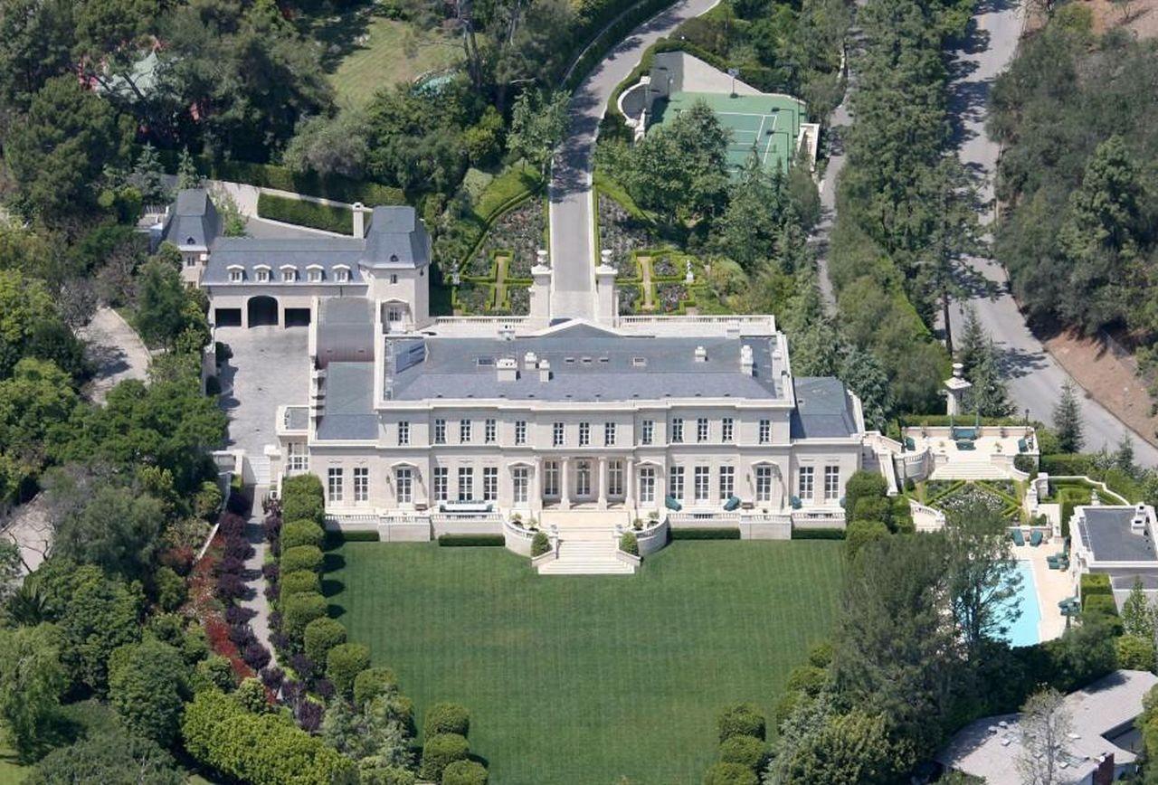 The Fleur de Lys Mansion