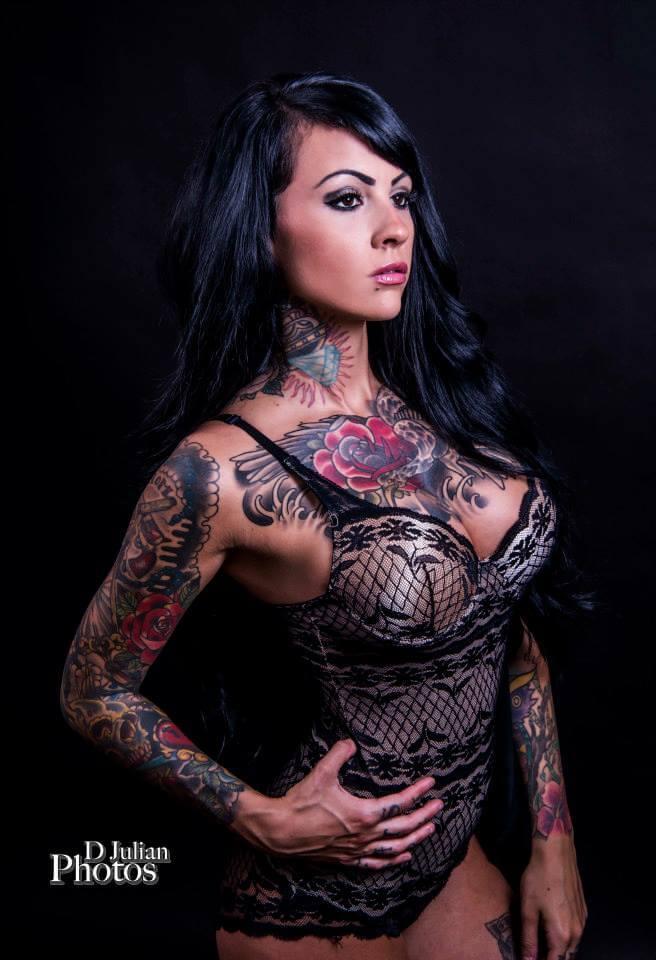 Zahra Schreiber big boobs pics