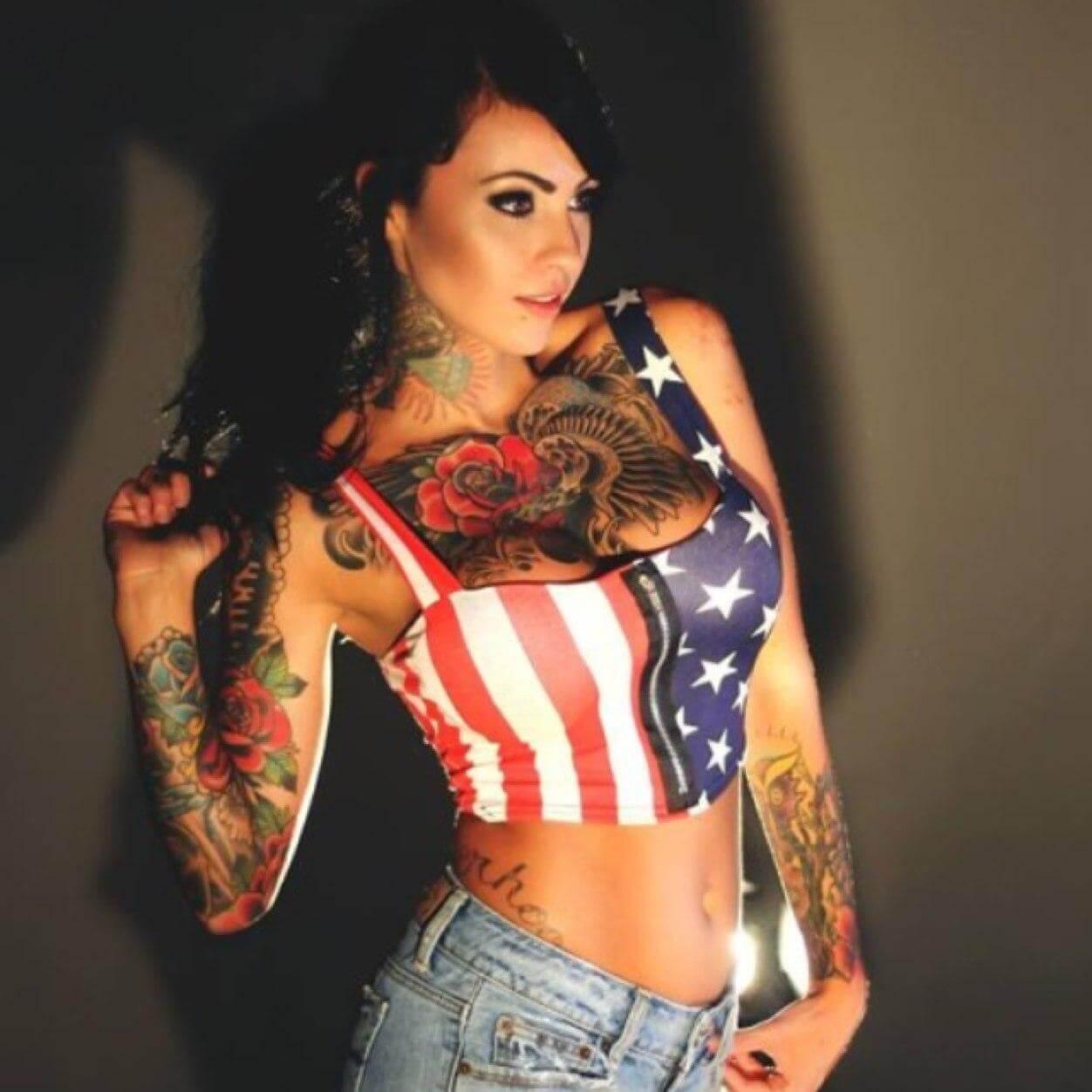 Zahra Schreiber hot pics