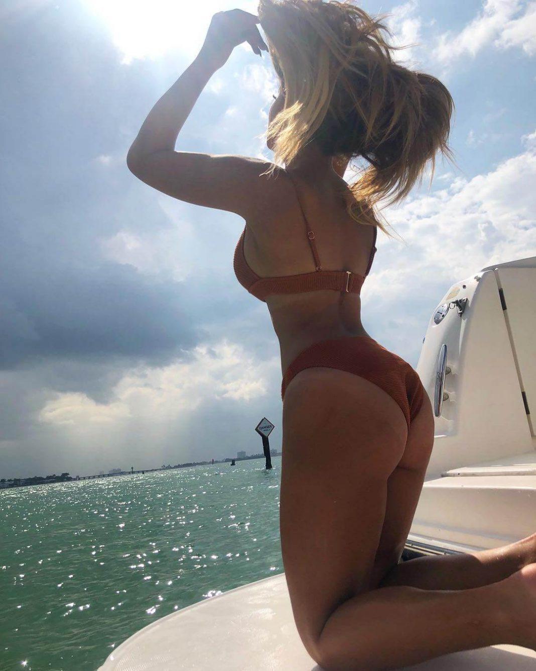 kayla braxton big booty pics