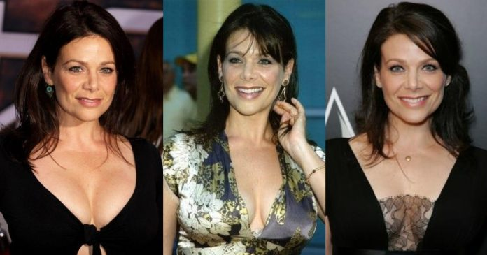 51 Hottest Meredith Salenger Boobs Pictures Show Off Her Perfect Set Of Racks