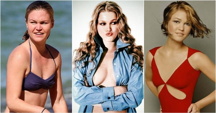 61 Sexiest Julia Stiles Boobs Pictures Show Off A Different Appearance In Each Attire
