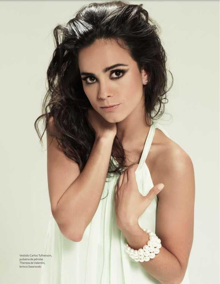 Alice Braga hot (1)