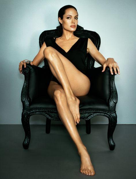 Angelina Jolie ass photos (1)