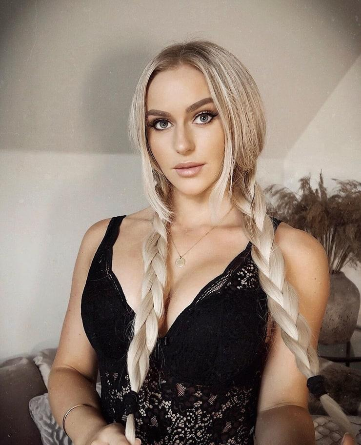 Anna Nyström sexy pictures