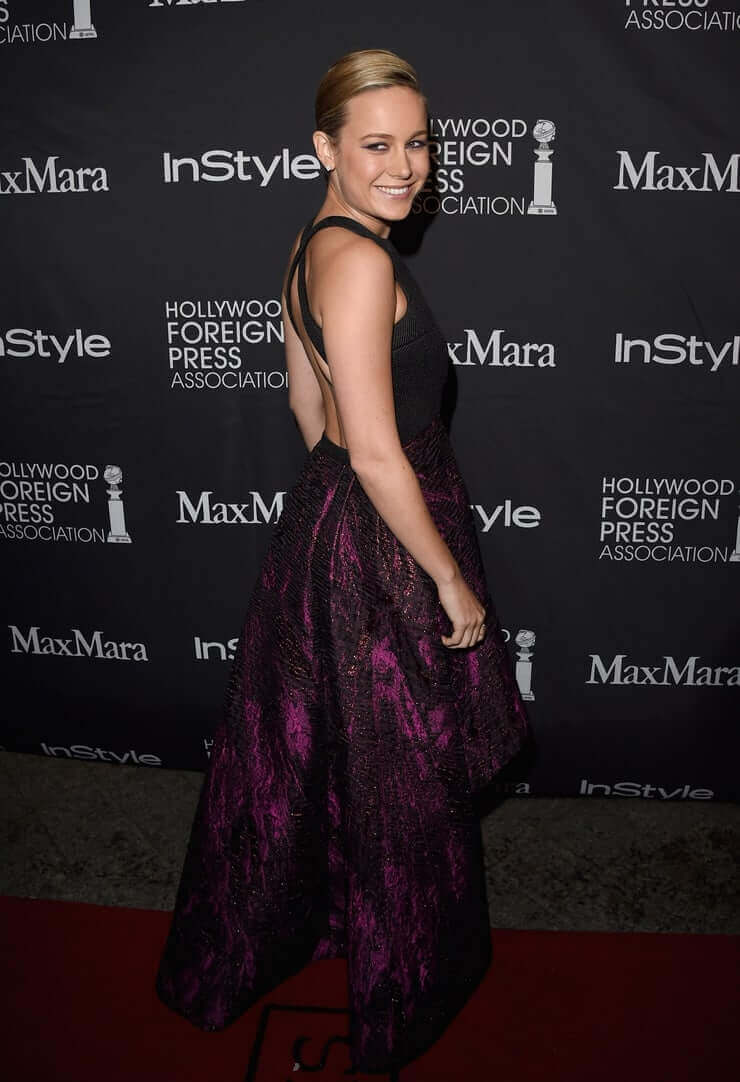 Brie Larson sexy ass (2)