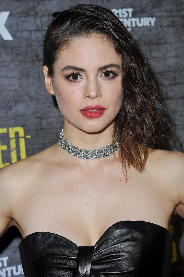 Conor Leslie hot look