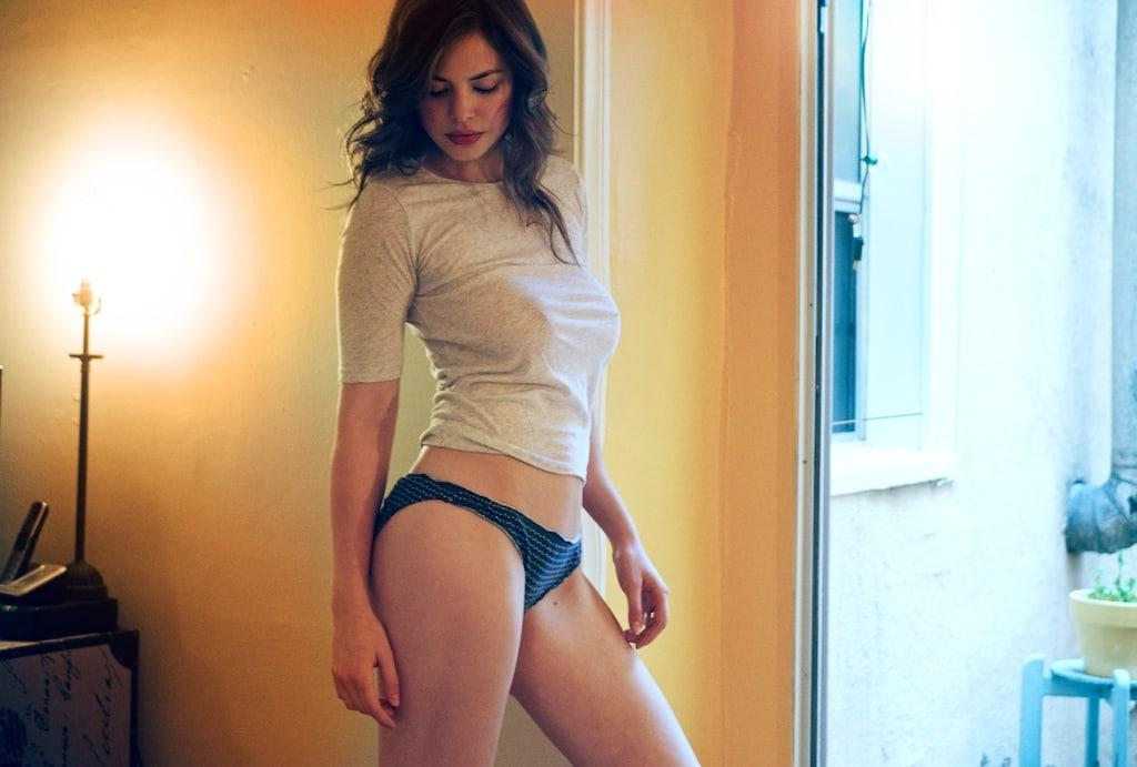 Conor Leslie hot