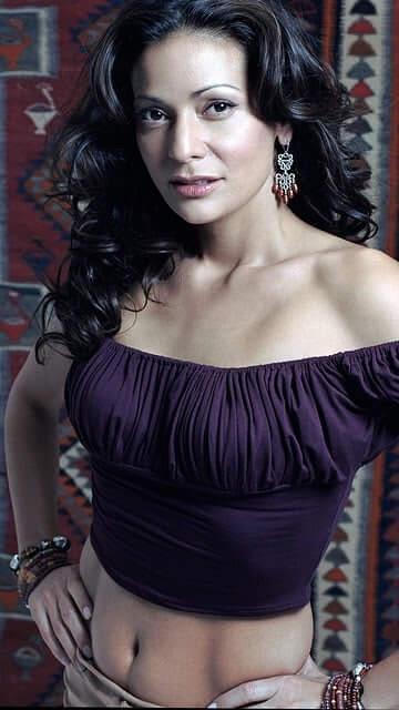 Constance Marie hot (1)