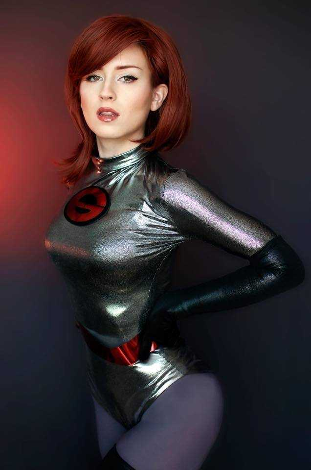 Elastigirl hot look