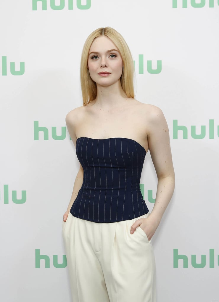 Elle Fanning hot pictures