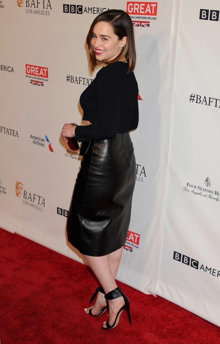 Emilia Clark ass (2)