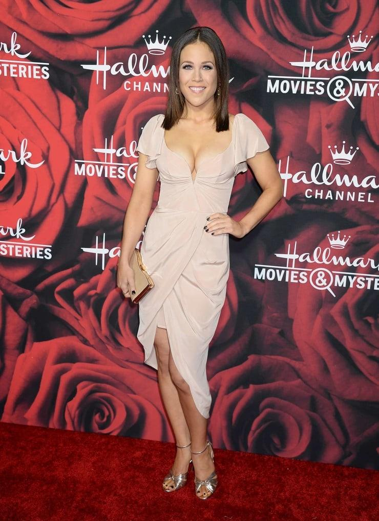 Erin Krakow cleavage pic
