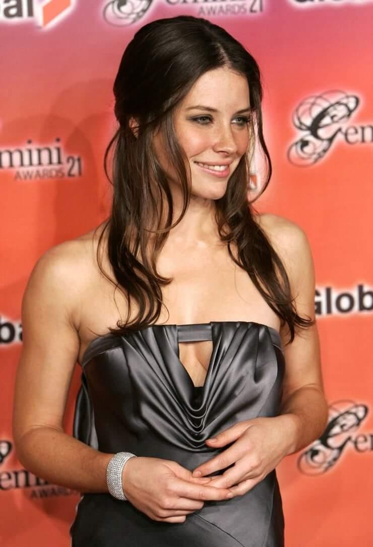 Evangeline Lilly hot looks (2)