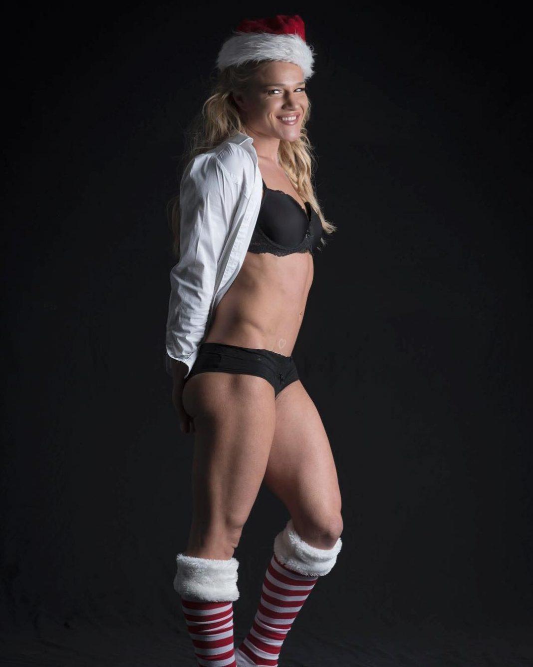 Felice Herrig sexy tits pics