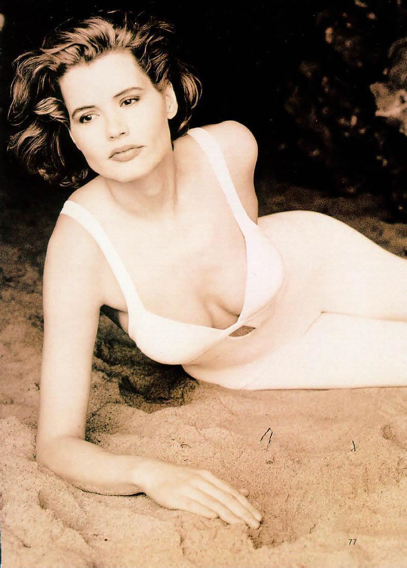 Geena Davis cleavage pic