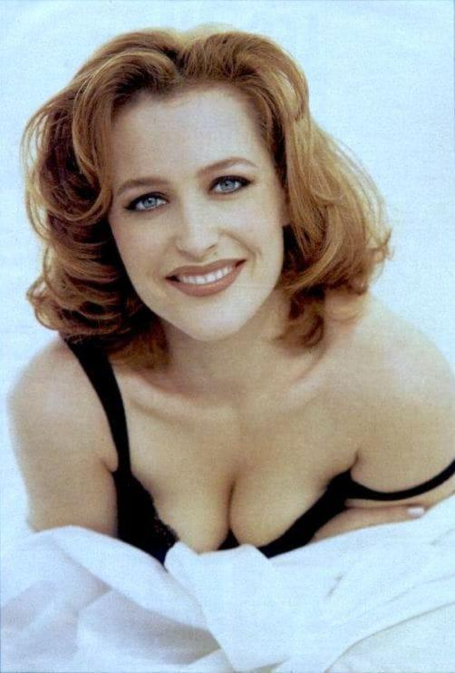 Gillian Anderson awesome pic (2)