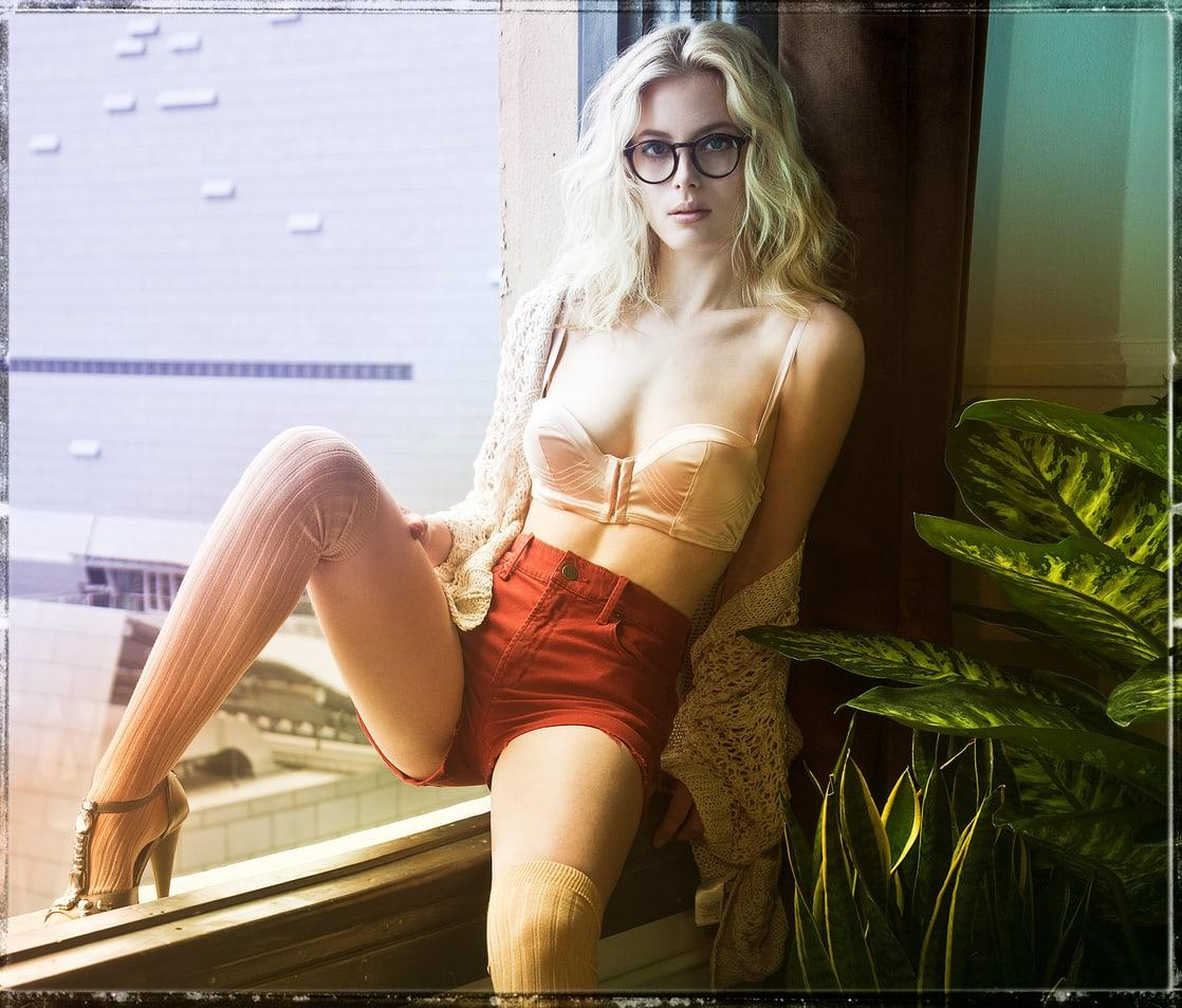Gillian Jacobs sexy lingerie pictures
