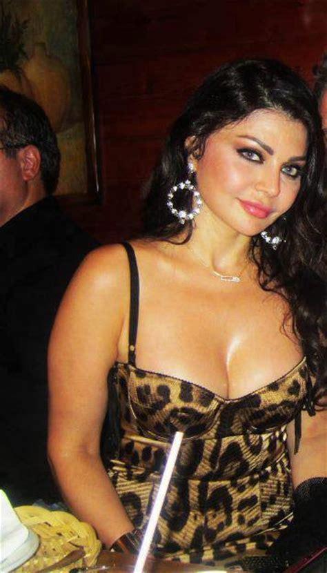 Haifa Wehbe big boobs pics
