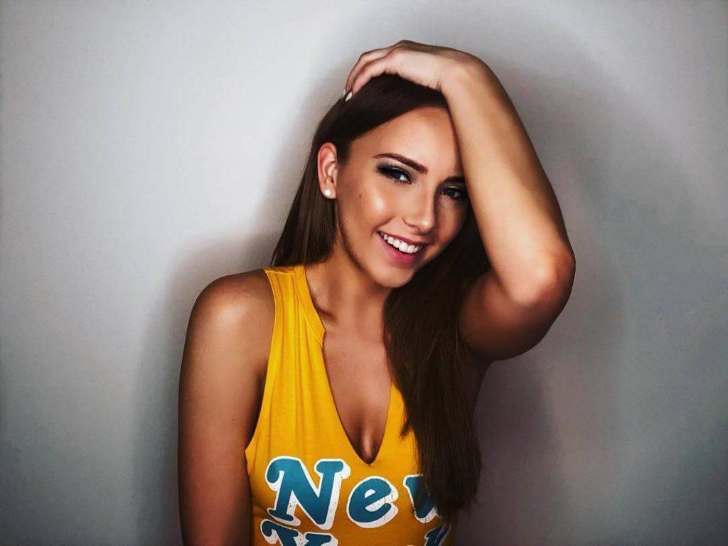 Hailie Jade hot (1)