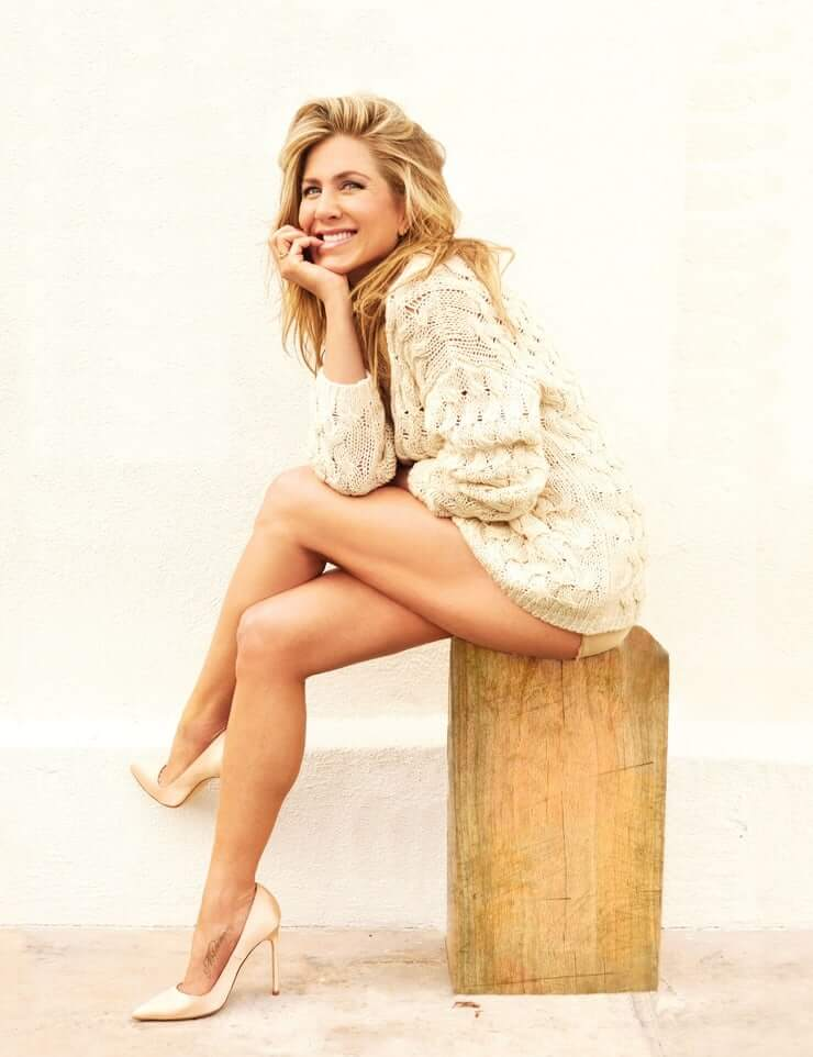 Jennifer Aniston booty pics (1)