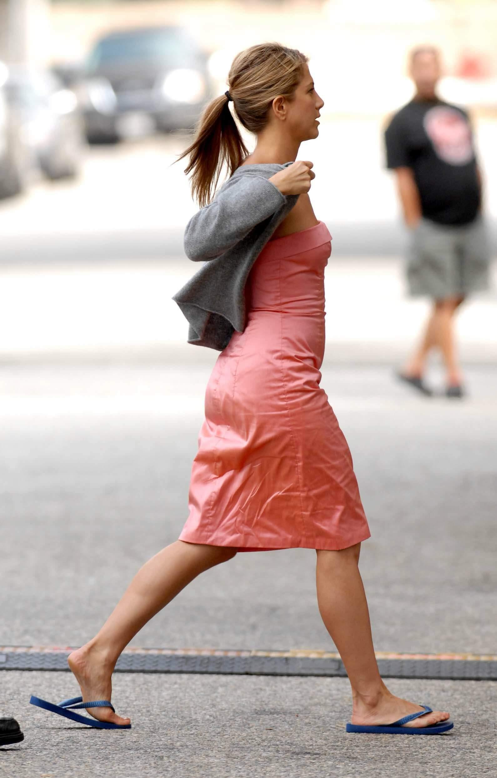 Jennifer Aniston hot ass (2)