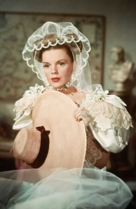 Judy Garland awesome pic (1)