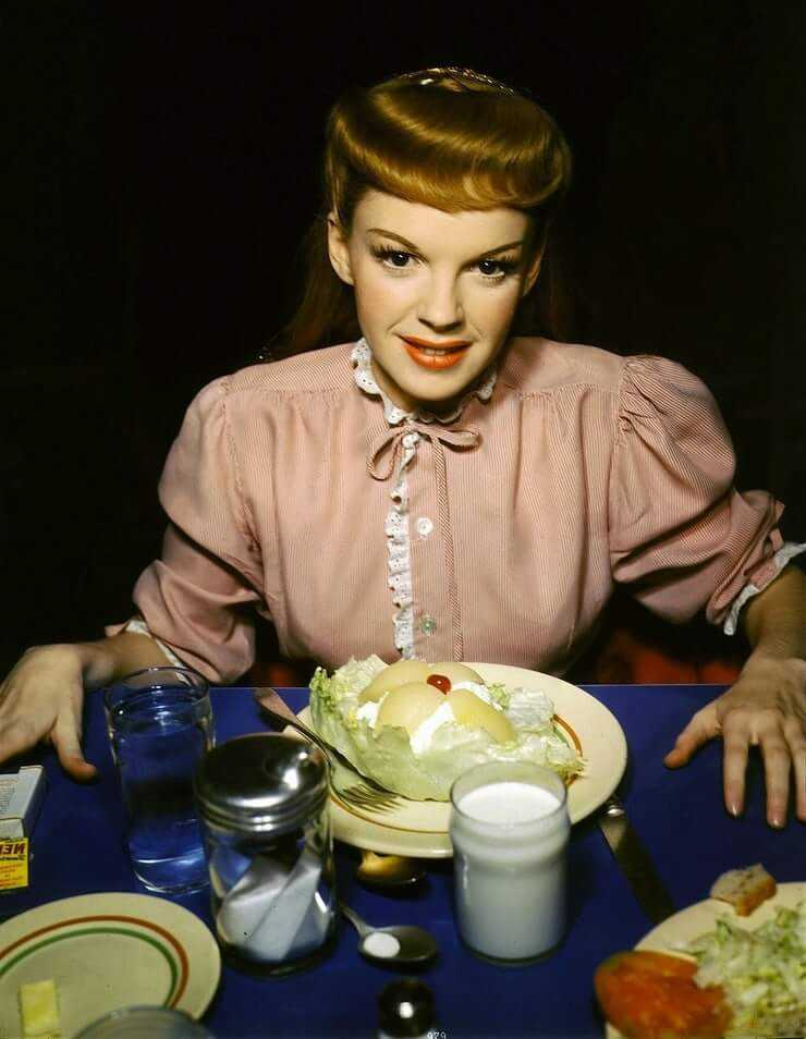 Judy Garland awesome pic (2)