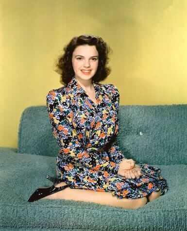 Judy Garland sexy (1)