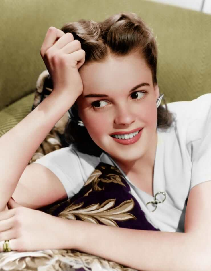 Judy Garland sexy (2)