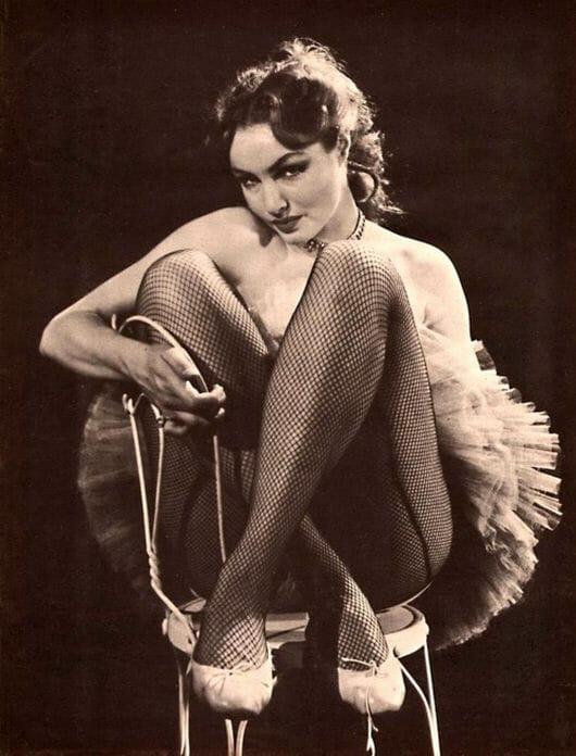 Julie Newmar hot looks