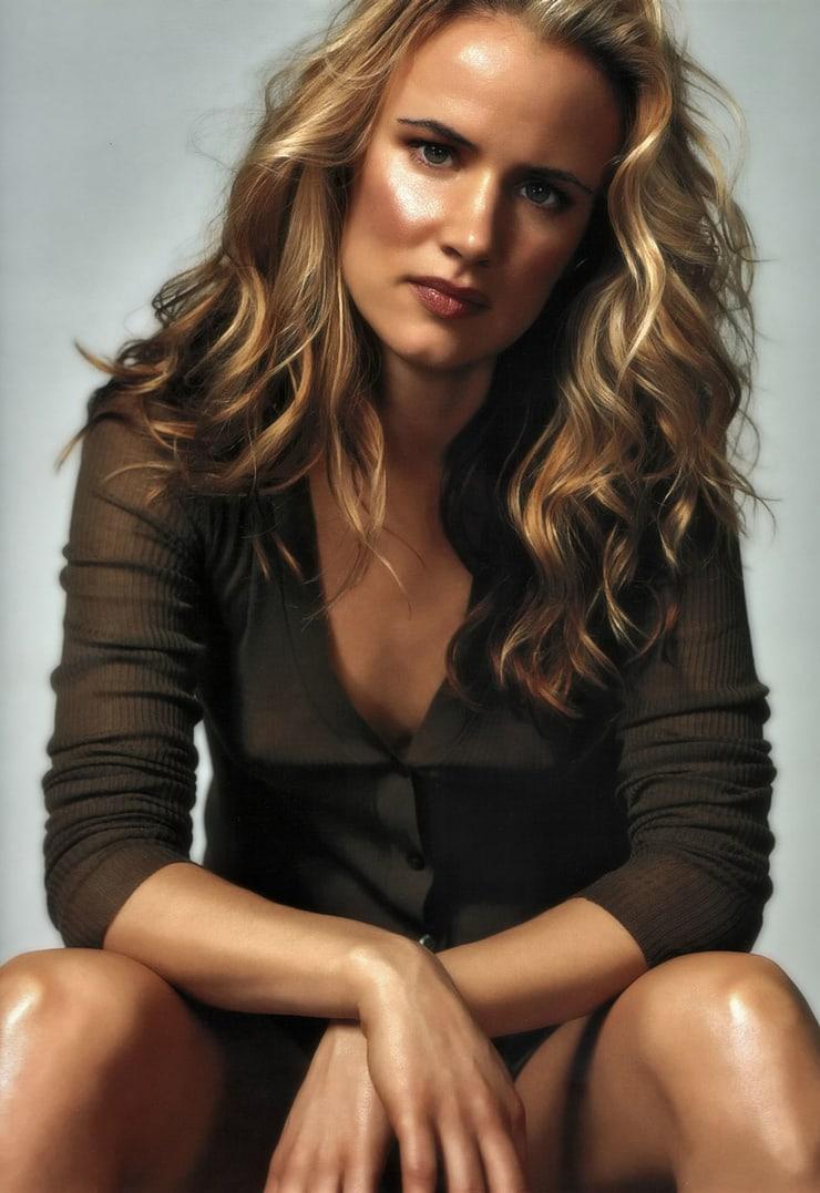 Juliette Lewis hot look (2)