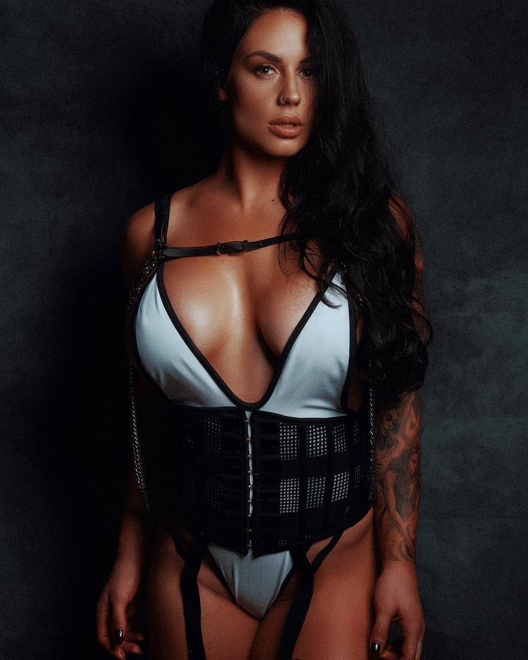 Kaitlyn big tits (1)