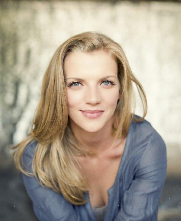 Kara Killmer hot (1)
