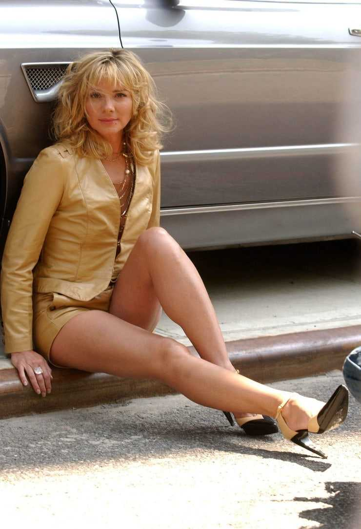 Kim Cattrall sexy (1)