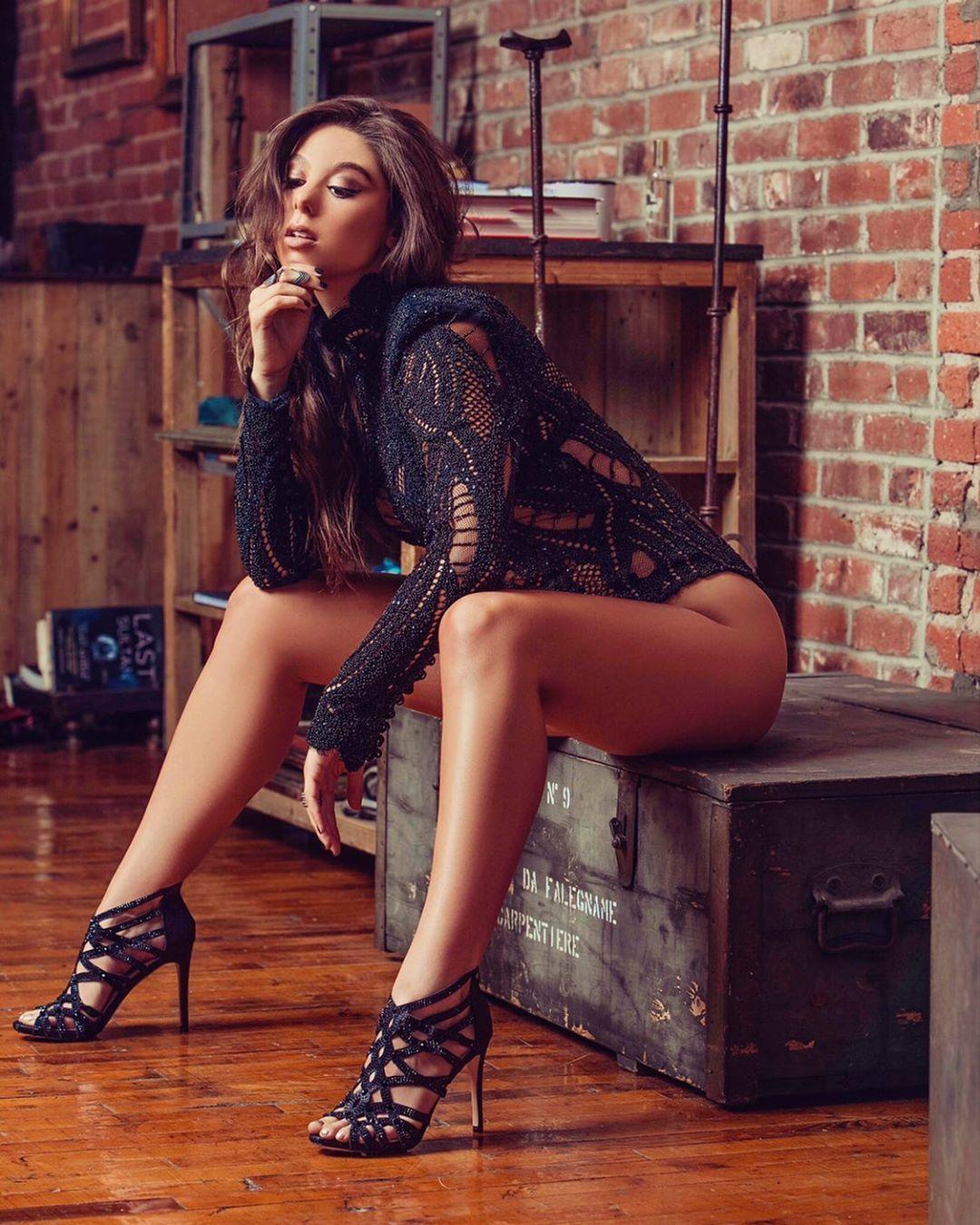 Kira Kosarin ass photo (1)